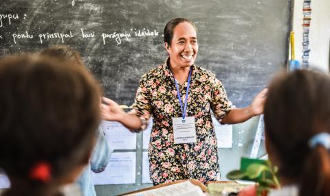 A teacher in Timor-Leste